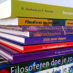 Theorieboeken over filosoferen met kinderen