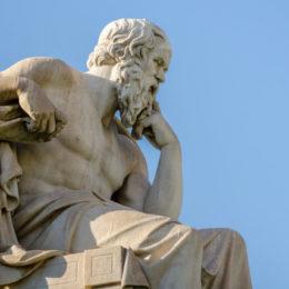 Socrates stelde alleen maar filosofische vragen
