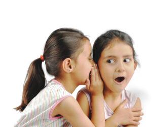 Taalontwikkeling: Ineens denk je na over het verschil tussen luisteren en horen.